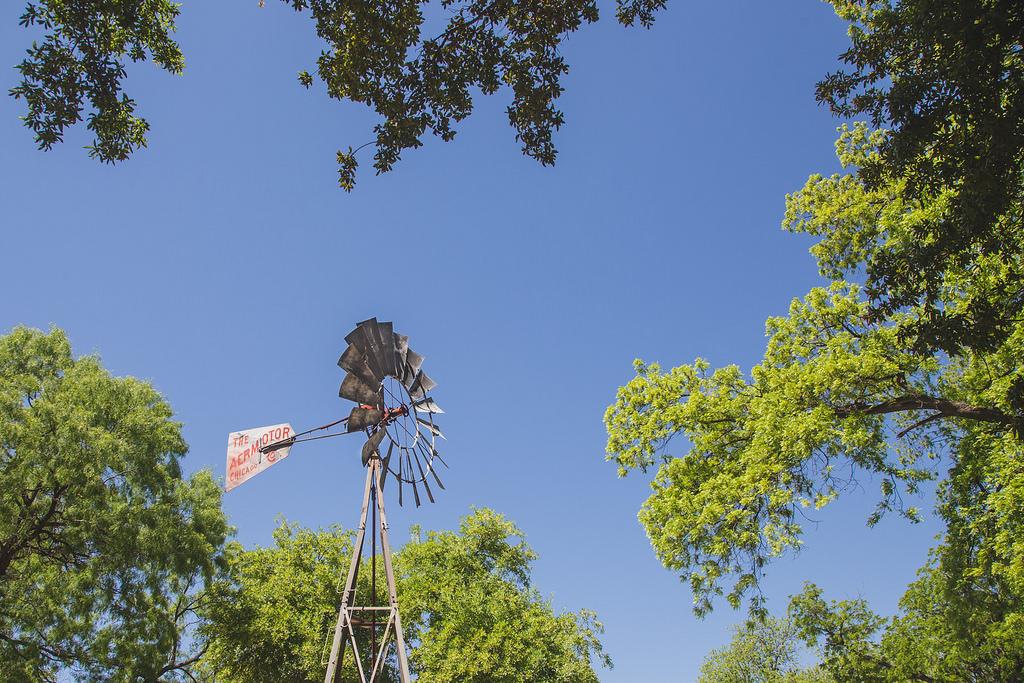 Del Rio Windmill